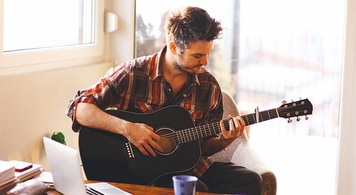 7 erreur a éviter à la guitare