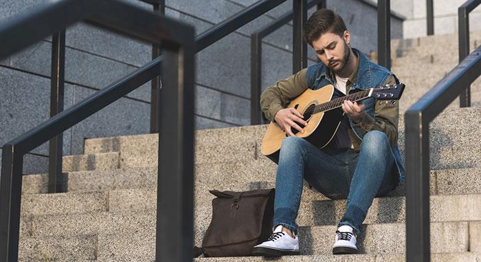 joueur guitare comment avoir un bon rythme